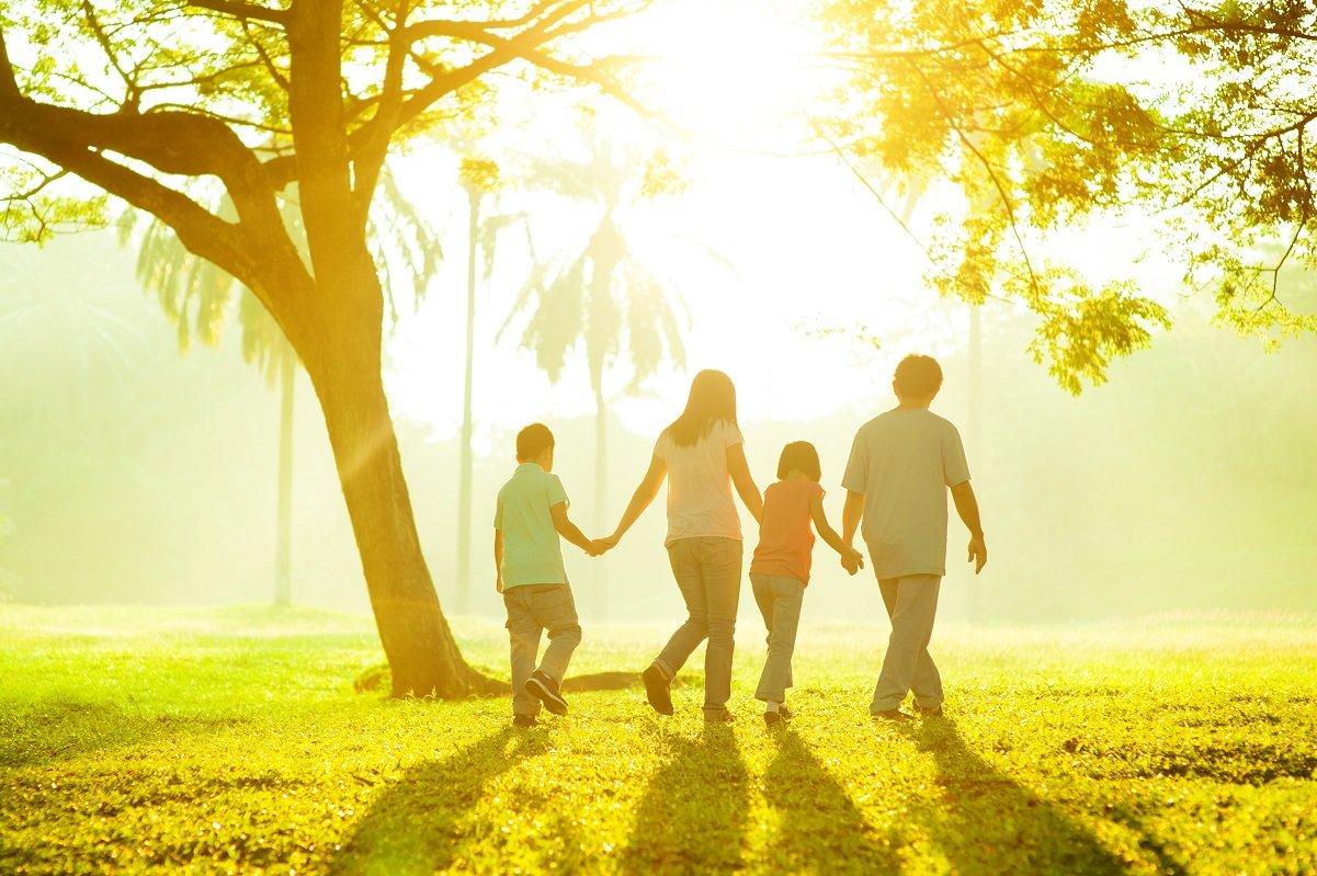 「GoTo」を利用したい夫と近場で安全に過ごしたい妻…子どもたちの反応は?