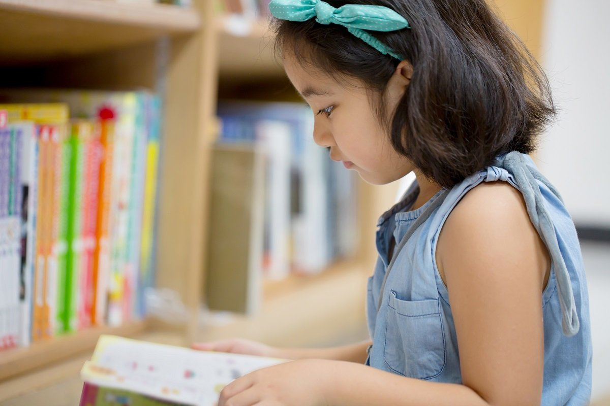 子育ての意外な穴場!? 親子で図書館を楽しむ4つのメリット