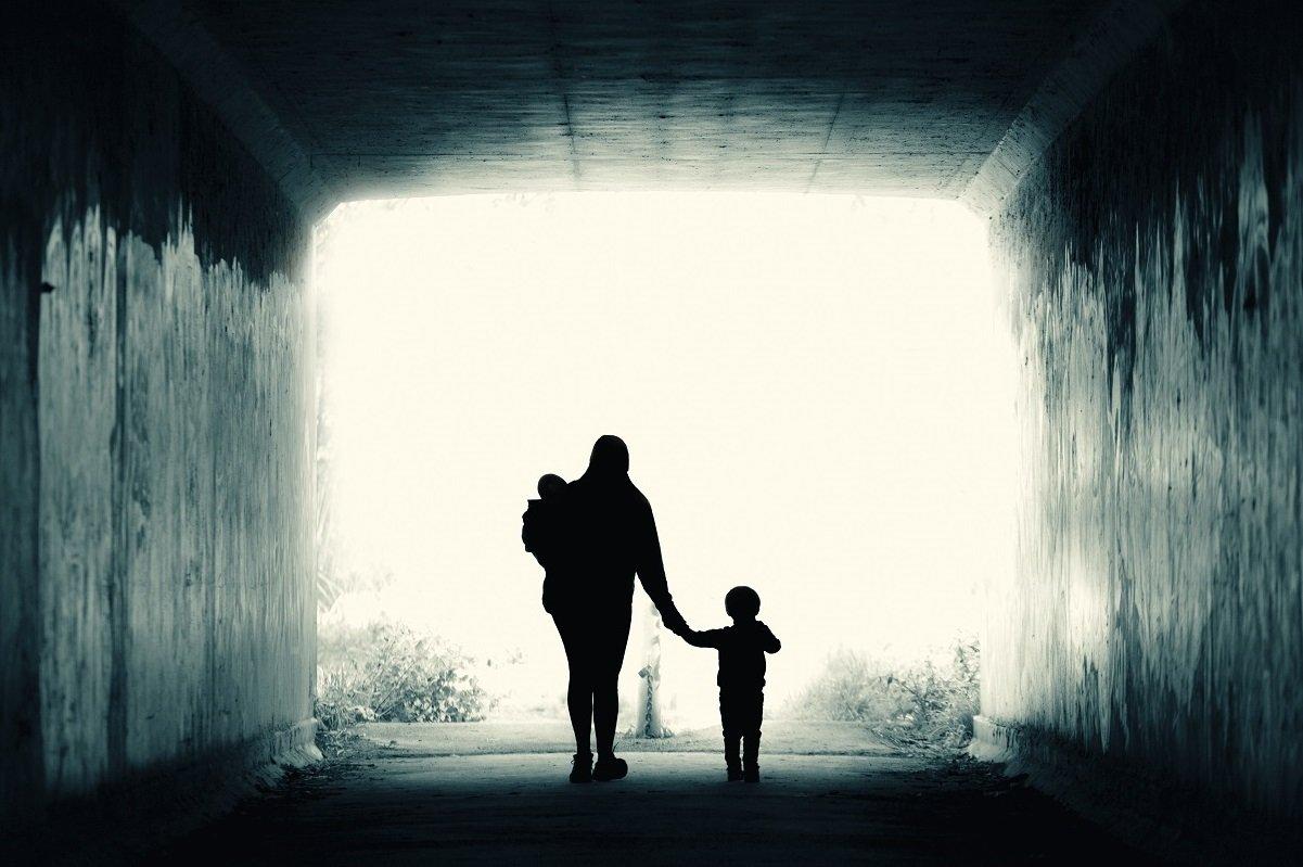 子育て家庭と地域のつながりのミスマッチ。なぜ孤立と社会の不寛容が生まれるのか