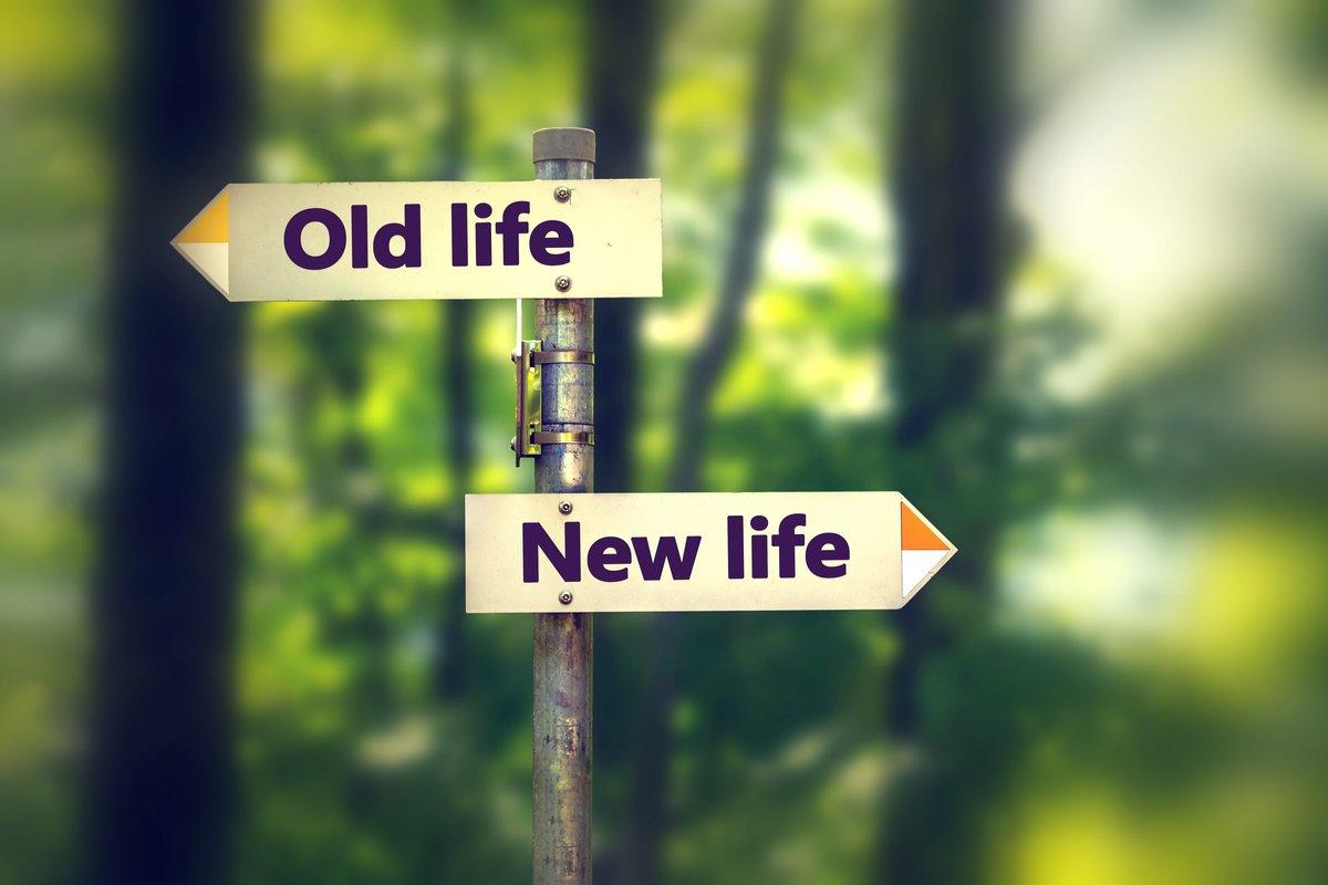 「なぜあの時…」過去の選択を後悔する理由とは?~後悔しない決断の仕方~