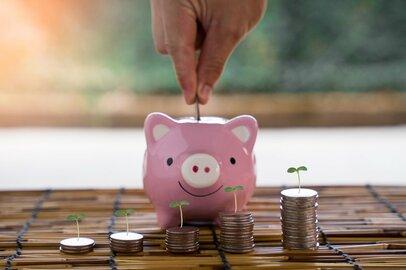 年金デビューの60代「みんな、貯金はどのくらいあるのか」