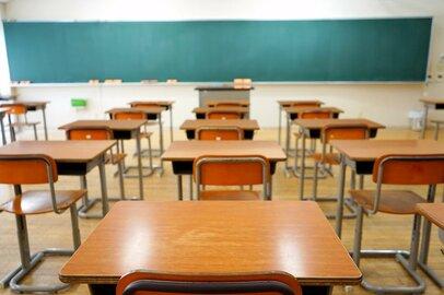落ち込む子供、親や先生の混乱と不安…。一斉休校で突然終わった今年度の学校生活