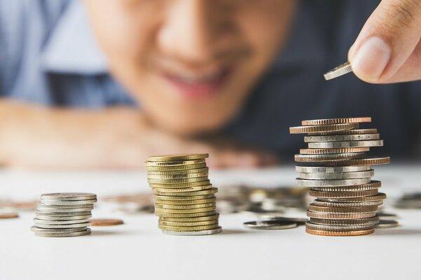 4人に1人が「貯金100万円未満」の現実…資産づくりは必要だけど不安?