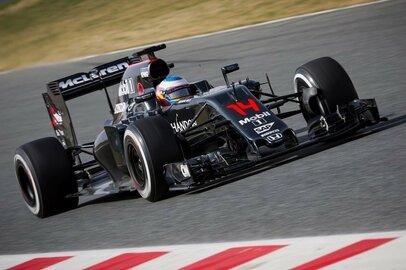 F1の人気凋落は深刻、天国のセナも泣いている?