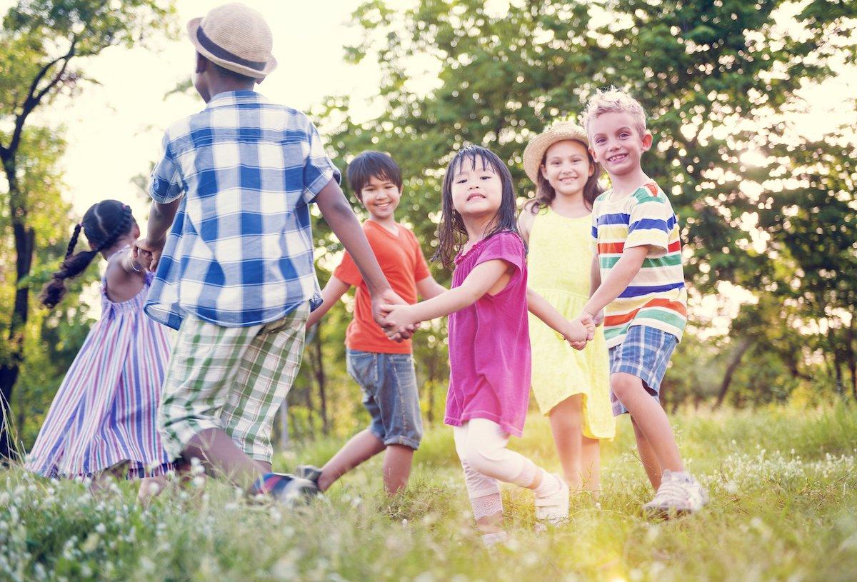 ウソつき、盗み、意地悪…不安が走る子どもの友達、どう対応するのが正解!?