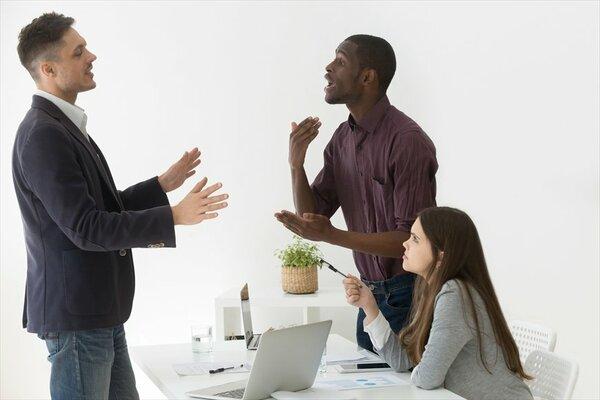 「つい軽く見られる」優しい上司に知ってほしい心理テクニック