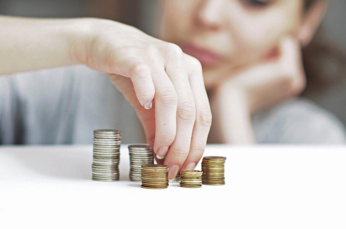 貯金が「貯まらない人」と「貯まる人」、違いはどこに?