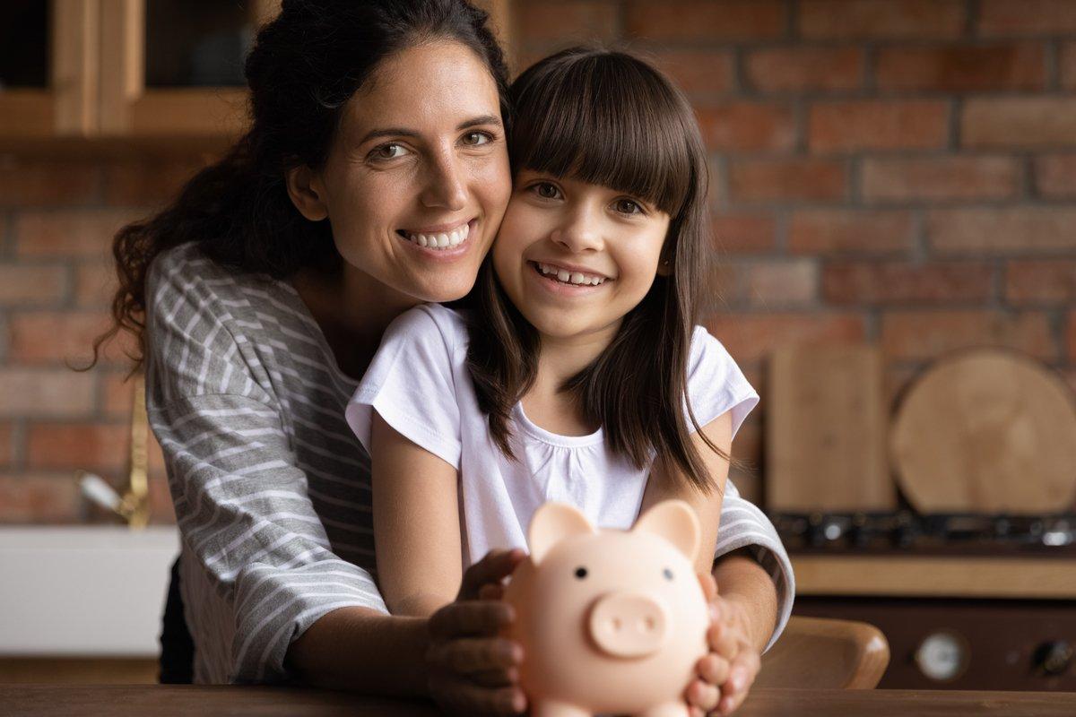 65歳以上・無職世帯「貯蓄と負債」平均いくらか