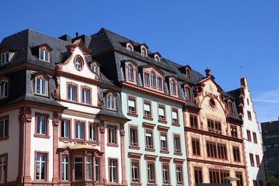 中古住宅リフォームの増加で知っておきたい、築100年超の家で快適に暮らす欧米の知恵