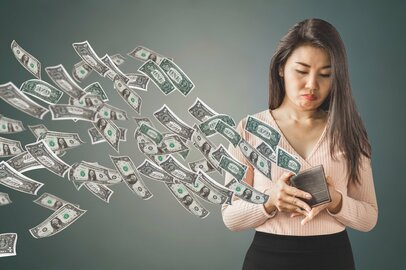 「もしかして私って浪費家!?」老後を見据えて、みんなどれくらい貯金してる?