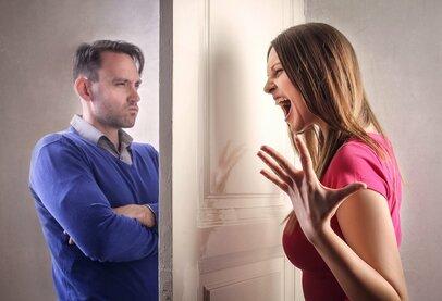 「夫にイラっ!」妻たちが感じている夫が放つ余計な一言