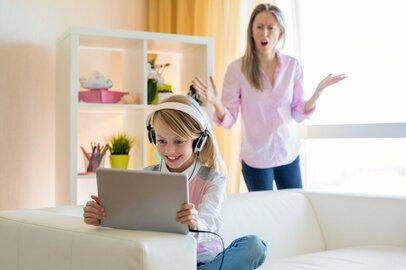 YouTubeを見た子供から高額品のおねだり。ママが「OK」した理由