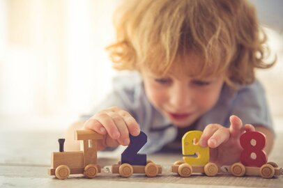 おしゃれでママ受け抜群「親子で楽しめる」無印良品「木のおもちゃシリーズ」3選