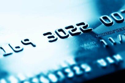 【ライフカード】年間利用額が多いほど還元率が上がるクレジットカード<br />