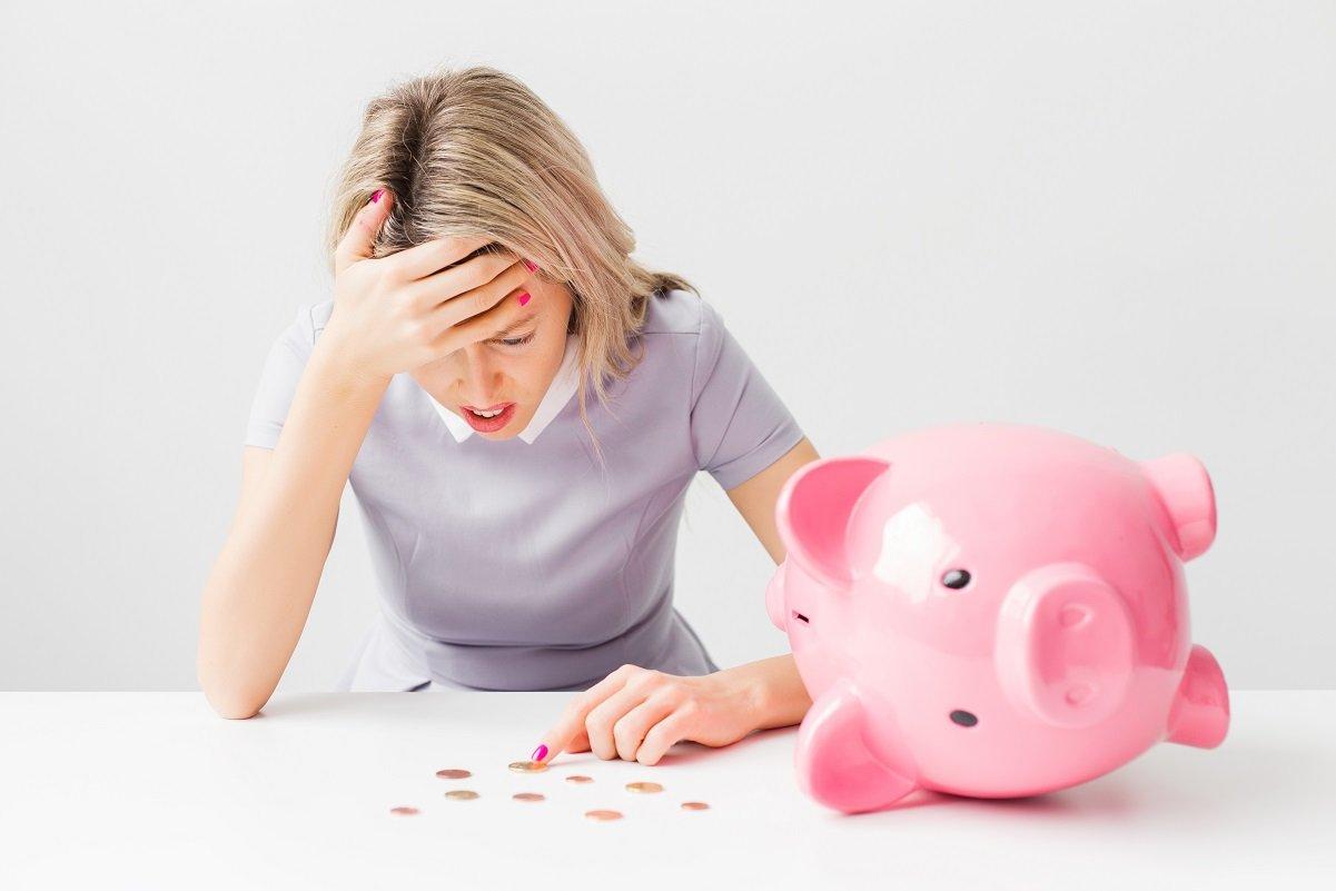 借金400万円以上、年収300万円未満…貧乏女子が生活を立て直した方法とは?