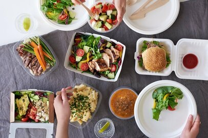 コロナで増えたテイクアウト、宅配。「外食しない」が主流になる?