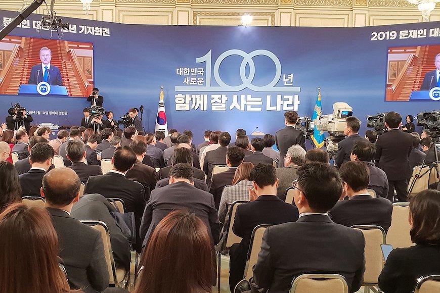 韓国経済「視界ゼロ」、空振り連発の大統領に米中対立が追い打ち
