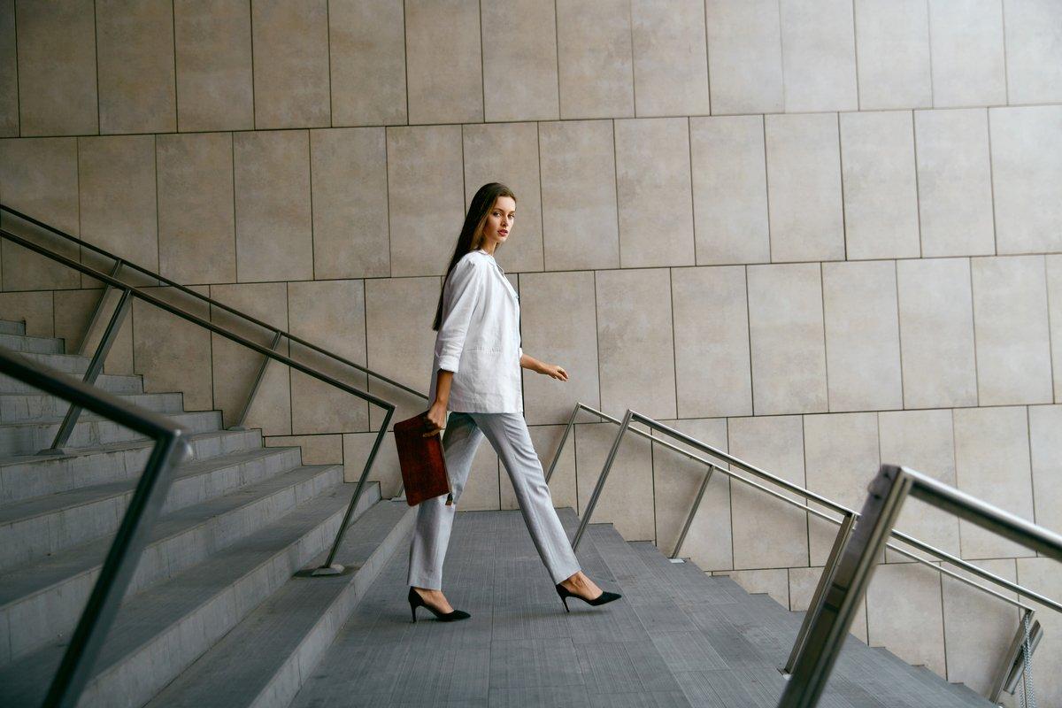 「専業主婦」と「共働き主婦」の年金差は、いくらくらい?