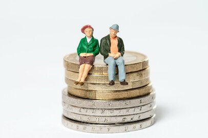 今50歳の夫が65歳になった時、私たちの貰える年金はどれくらい?