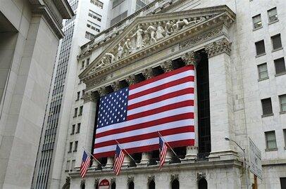 フィンテック最前線:日米で生まれる新しい証券会社