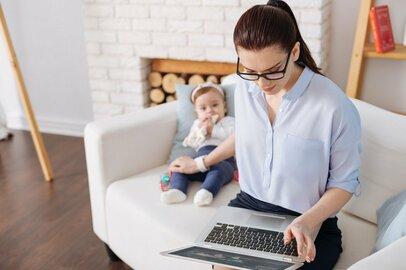 「在宅勤務しながらの在宅保育」はムリ! 親も子もストレスを抱えることに…
