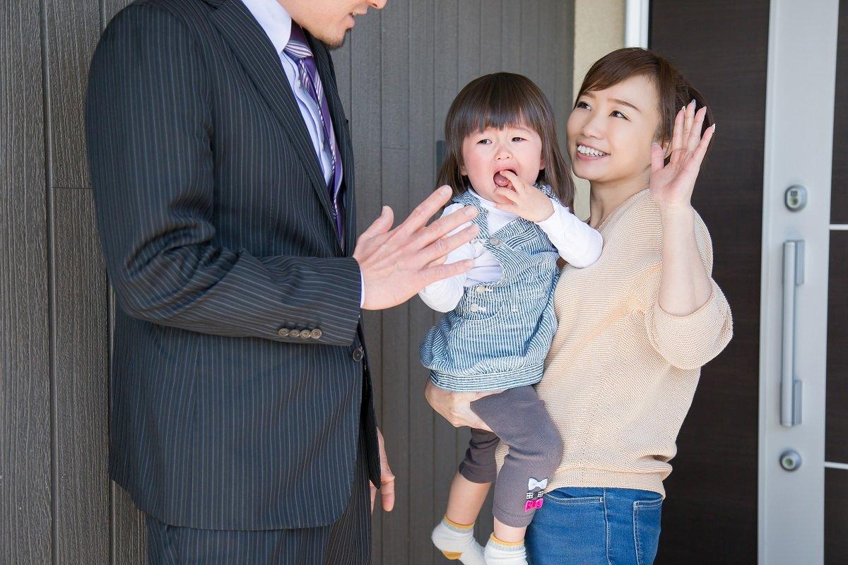 毎月6万円の保育料はどちらが払う? ワンオペ妻と激務夫の共働き夫婦が出した結論