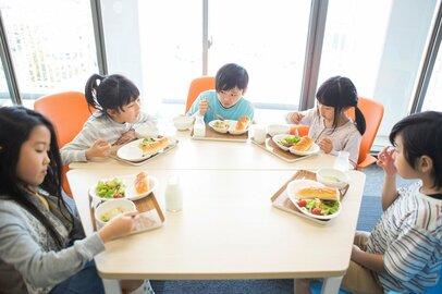 給食のありがたさが身に沁みる…一斉休校の昼食問題どう乗り越える?