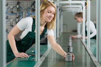 女性の仕上工の給料はどのくらいか