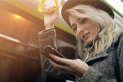 「ドットエスティ」で通勤中に服を買う!強いアダストリアに改革中のストライプ…2020年女性たちが選ぶ服