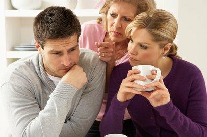 図々しい義姉妹にイライラする原因…「煮えきらない夫のせい?」