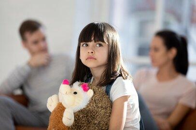 """父の不倫から20年…「私のせい?」悩み続けた娘を救った""""母が離婚しなかった理由"""""""