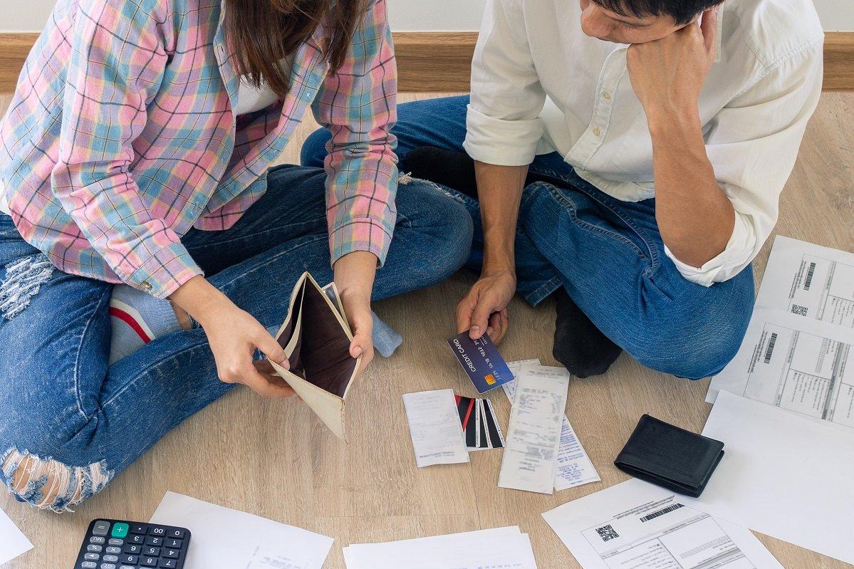 「貯金できない共働き夫婦」がやってしまうお金の下手な使い方