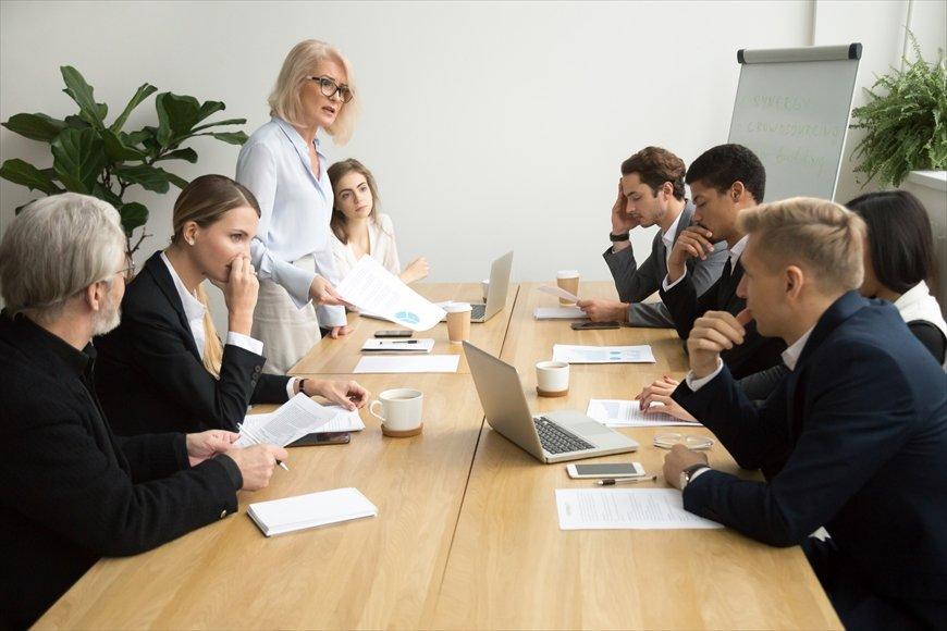 プロジェクト会議で「初回にみんなの意見を聞く」と失敗する理由