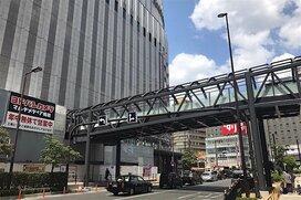 大阪のヨドバシの前に橋が架かったのはどれだけすごいことなのか