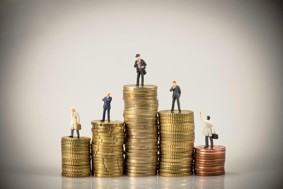 金融マンと不動産業者に聞いてみた!「お金持ち」の特徴と考え方