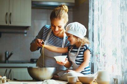 家事を子供と一緒にしているワーママは子育てストレスが15%も低い! 大和ハウス調べ