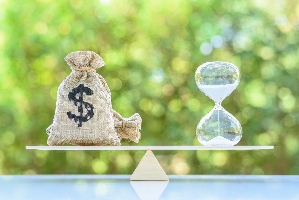 【老後資金】30歳で年収の1倍、40歳で年収の2倍の資産を目標に