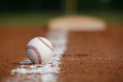 【高校野球】少子化で高校が減少するわりに野球部が減らないのはなぜ?