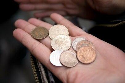 キャッシュレス決済で小銭が家にない! 教材集金の対策には100均が最強だったけれど…