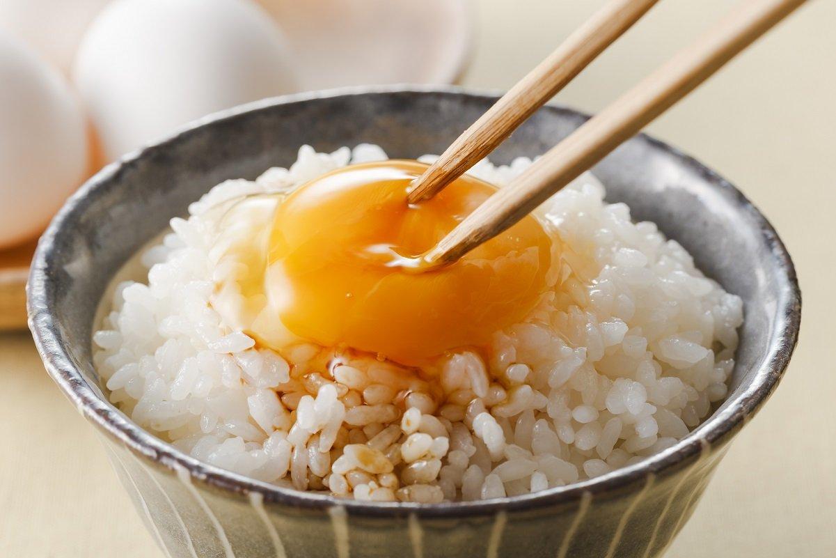 卵とご飯に何を足す?「たまごかけごはんの日」のオリジナルTKG