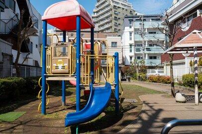 高齢者クレームで途方にくれる子育てママ、公園の子供は騒音か