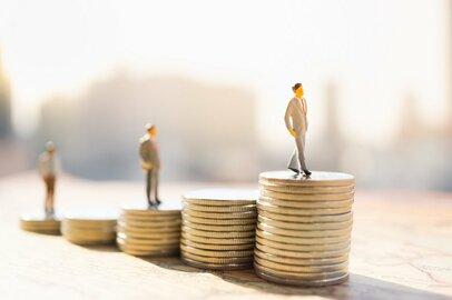 将来が不安? 20代はどのような貯蓄プランを立てるべきなのか