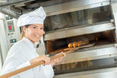 女性のパン・洋生菓子製造工の給料はどのくらいか