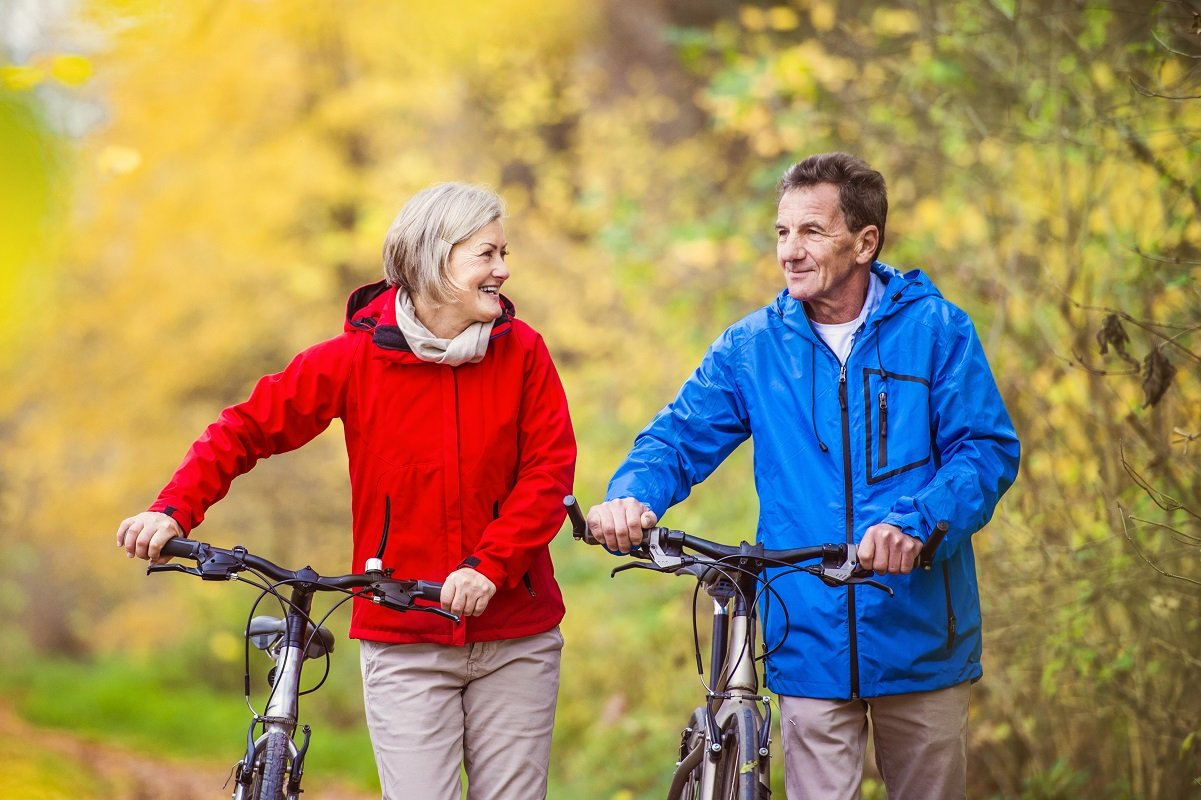 妻と過ごしたい夫、子や孫がいい妻。みんなの老後の楽しみは何か