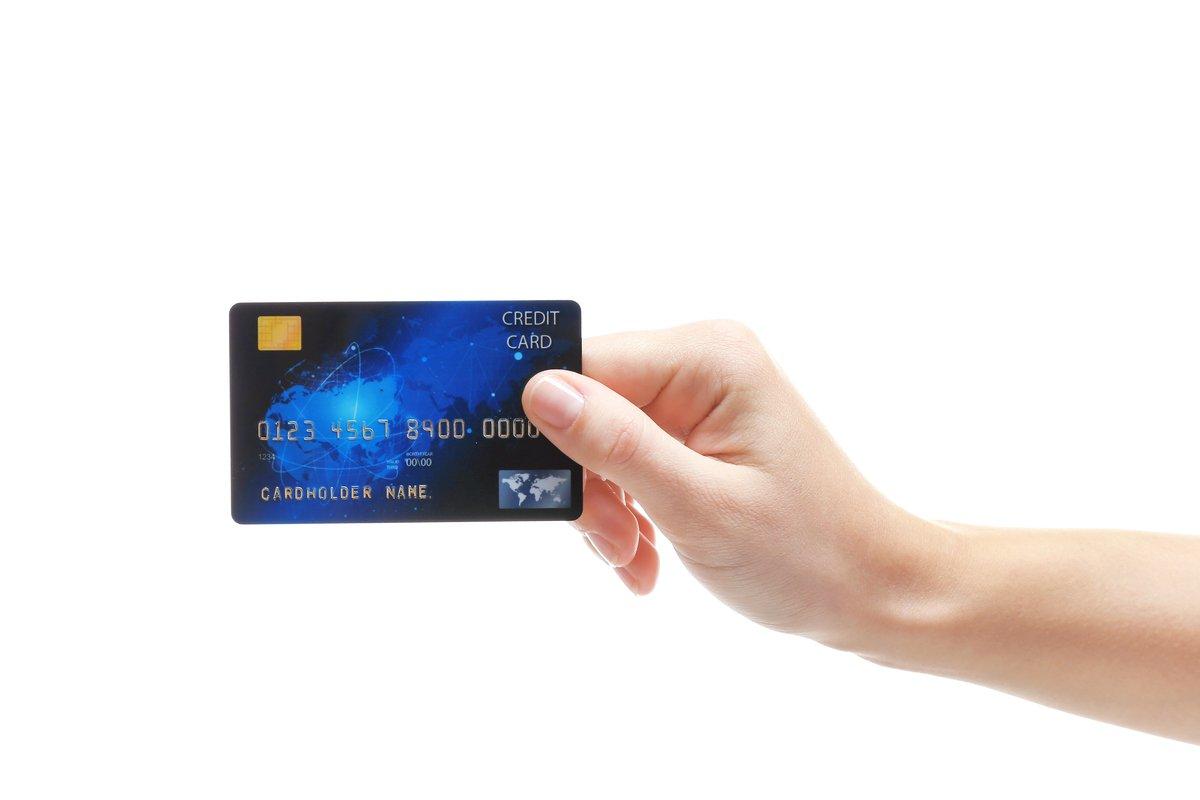 クレジットカードは入会してどのくらいの期間使うか「契約経過年数の過去5年のデータを振り返る」