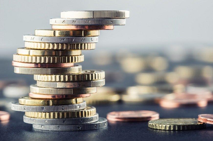 貯金だけで安心? 国公認の投資の「武器」をどう使うか