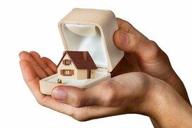 結婚相手に求める年収は「500万円以上」! 8割以上の女性は結婚後にマイホーム購入を希望