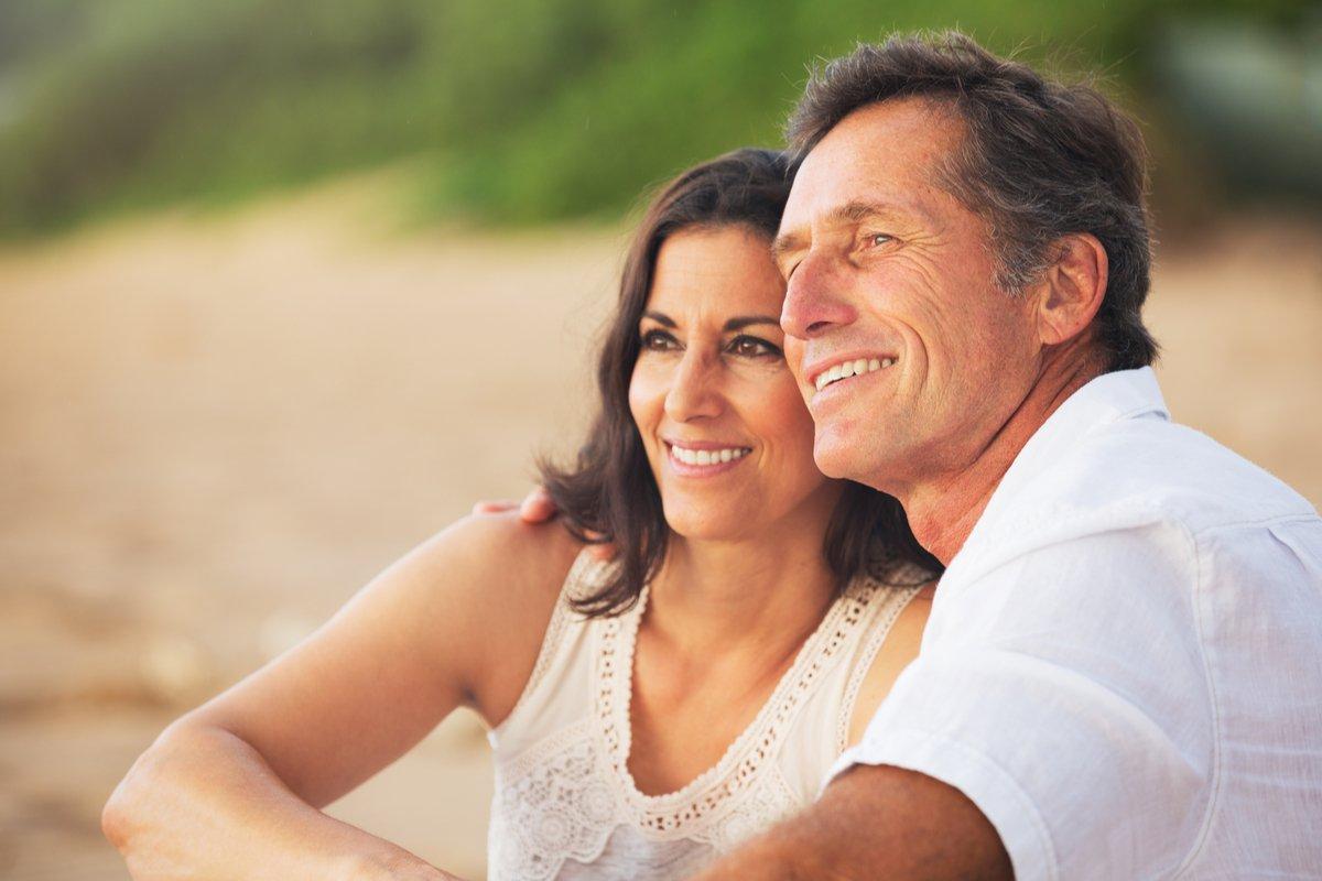 運転免許証の自主返納は2.2%!還暦を迎える人の貯蓄・夫婦関係・老後準備の実態