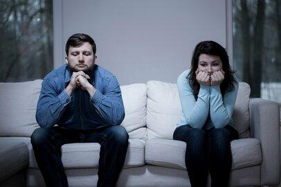 「名もなき家事」に悩む妻「名もなき業務」に悩む夫。貯まるストレス…乗り越えるカギ