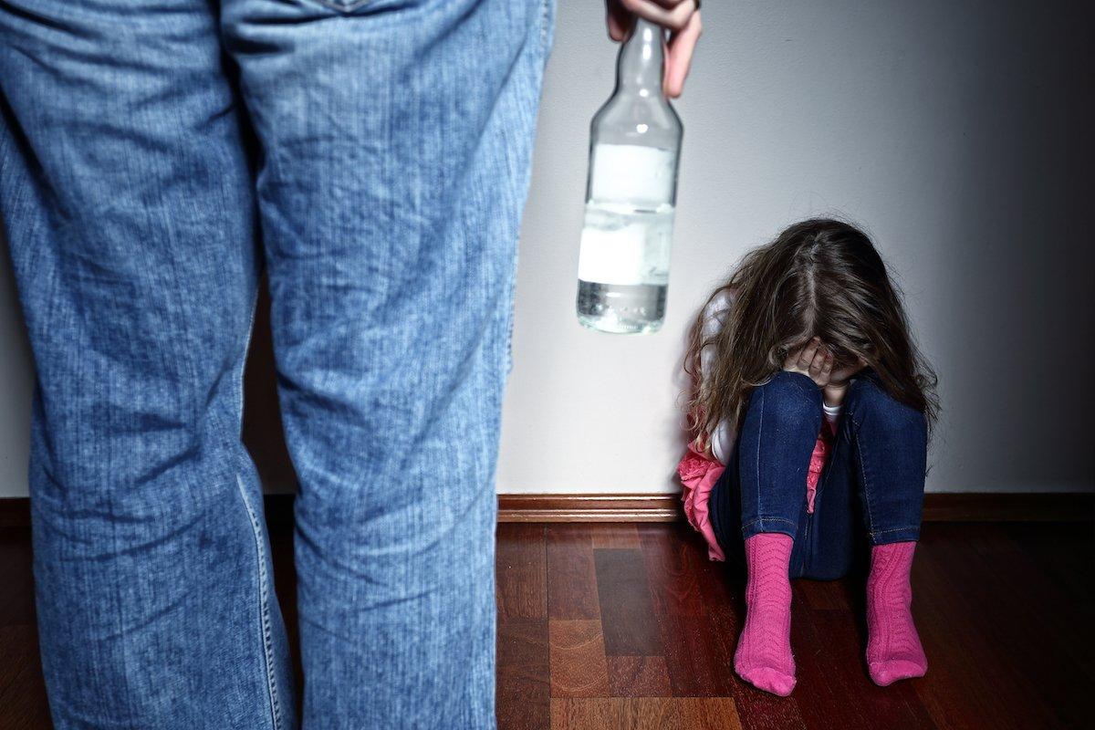 親による体罰が法律で禁止に…正しいけど不安を感じるのはなぜ?